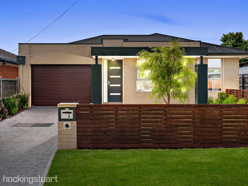 5 Clovelly Avenue, Rosebud, Vic 3939