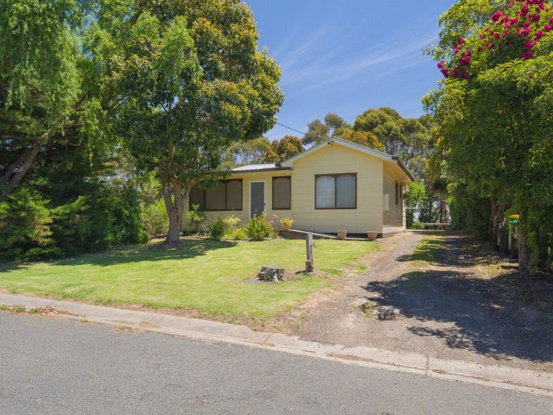1 Fahey Street, Timboon, Vic 3268