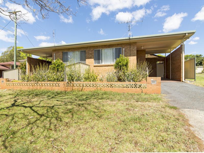 152 Perth Street, South Toowoomba, Qld 4350