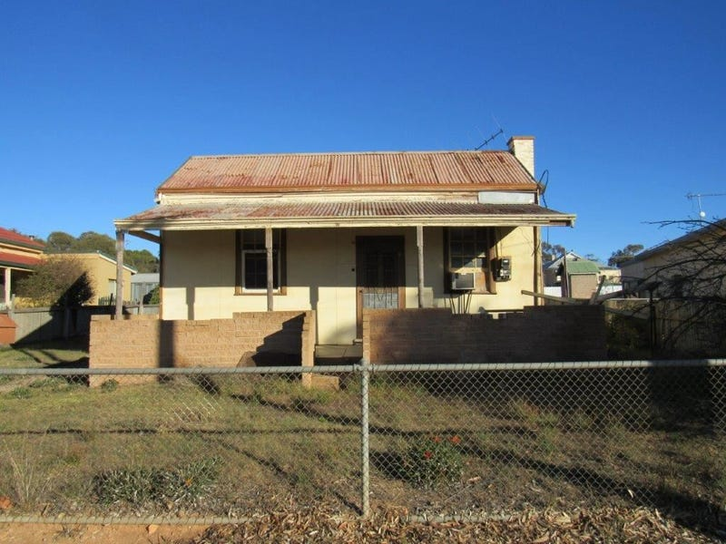 98 Queen Street, Peterborough, SA 5422