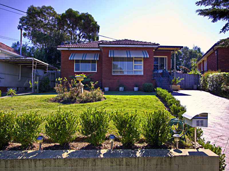 11 Lofts Avenue, Roselands, NSW 2196