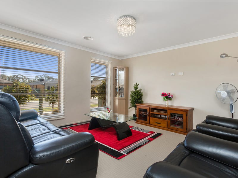4 Caviar Court, Huntly, Vic 3551