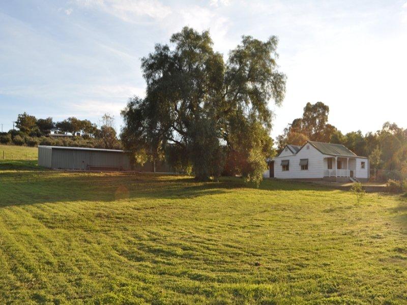 1476 Gooramadda Road, Gooramadda, Vic 3685