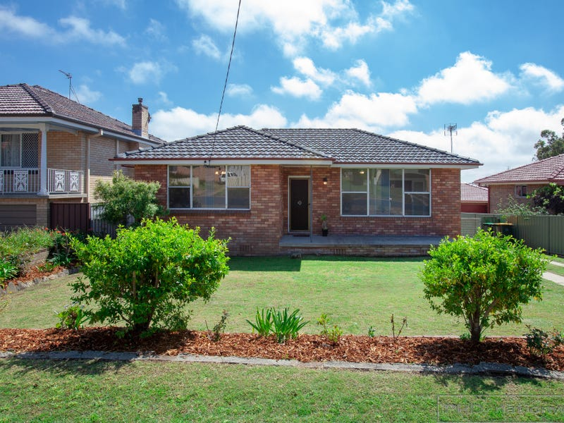 40 Robert Street, Tenambit, NSW 2323