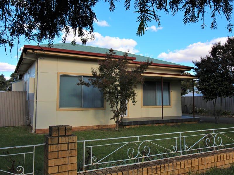 5 Hebden Street, Yoogali, NSW 2680