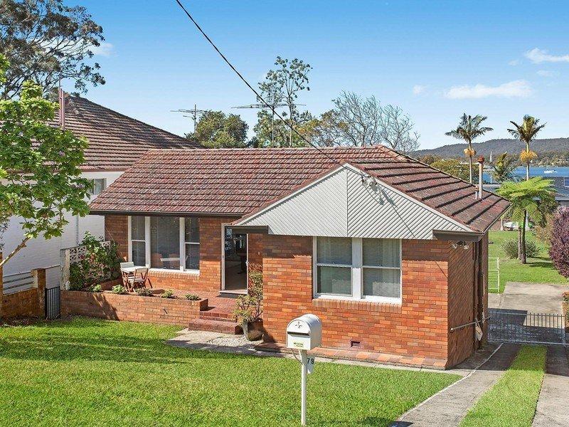 79 Albany Street, Point Frederick, NSW 2250