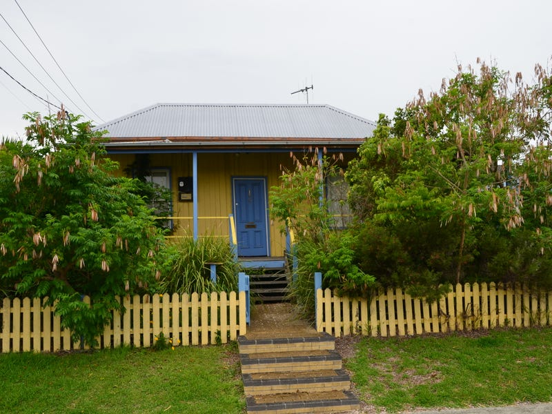 11-13 Primrose Street, Wingham, NSW 2429