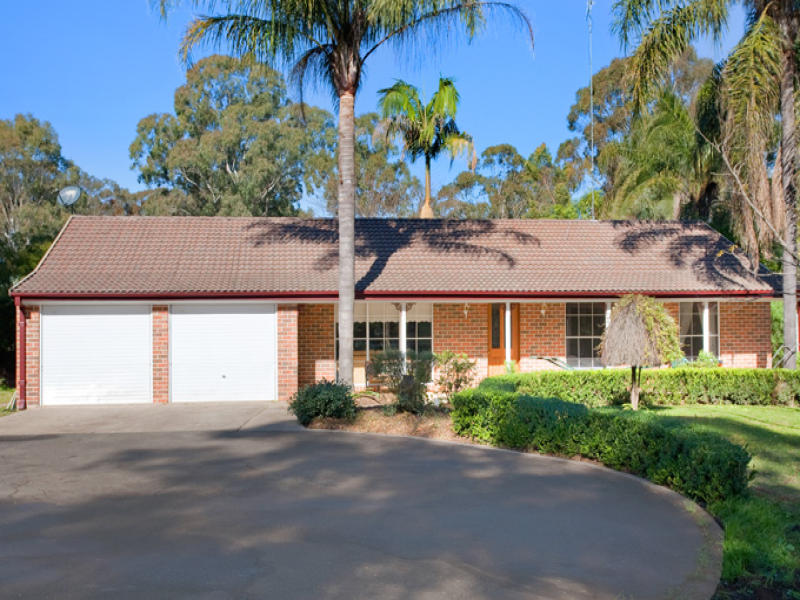 195 GRANGE AVENUE, Schofields, NSW 2762