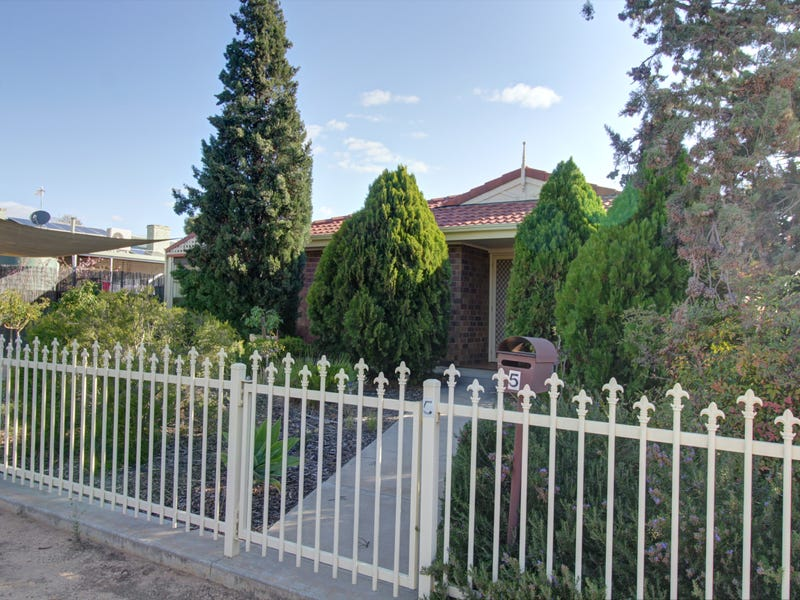 5 Eitzen Street, Berri, SA 5343