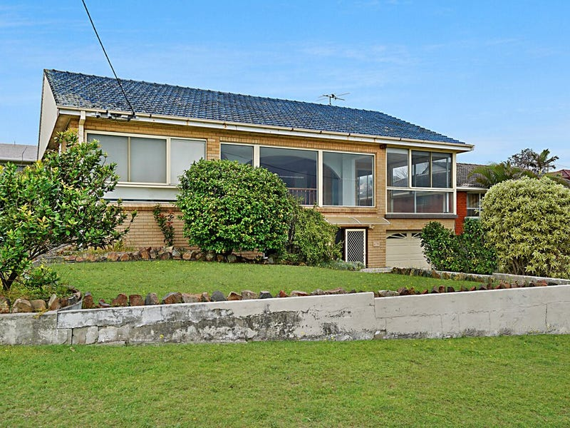 158 Caves Beach Road, Caves Beach, NSW 2281