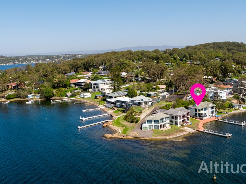 1/3 Robey Crescent, Coal Point, NSW 2283