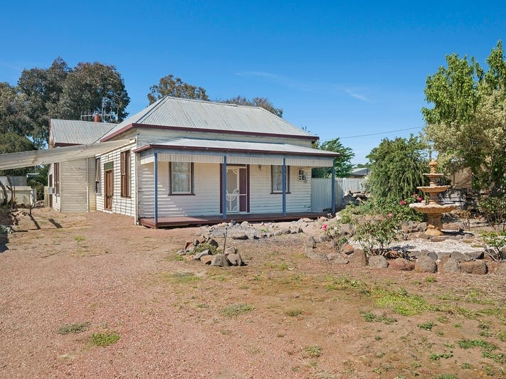 22 Railway Place, Goornong, Vic 3557