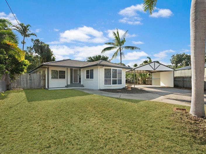 Address available on request, Bushland Beach, Qld 4818