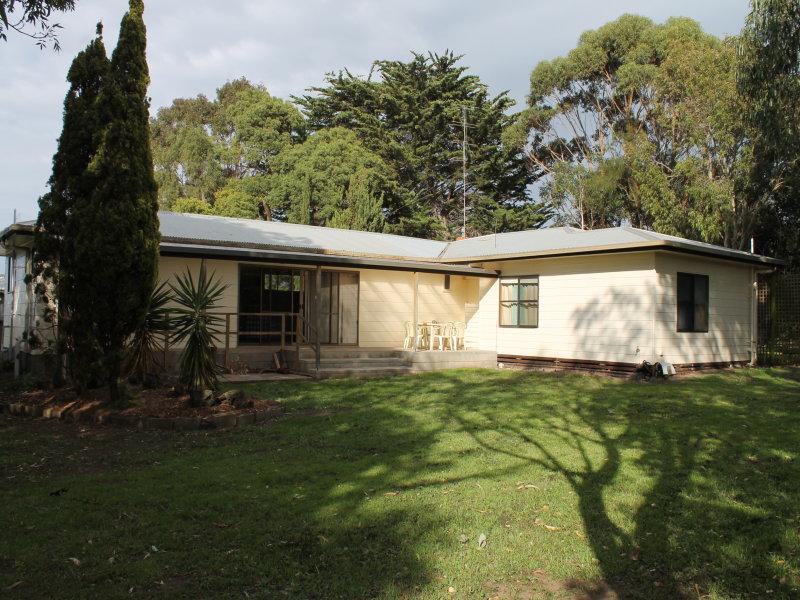 2429 Princetown Road, Princetown, Vic 3269