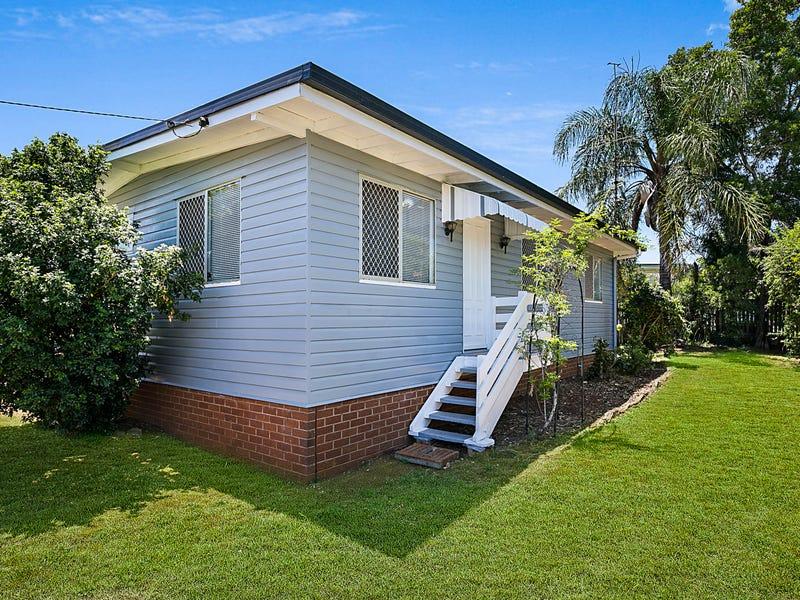 24 Waverley Street, North Toowoomba, Qld 4350
