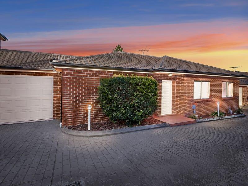 2/14 Napoleon Road, Greenacre, NSW 2190