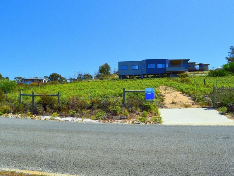 32 Winifred Drive, Scamander, Tas 7215