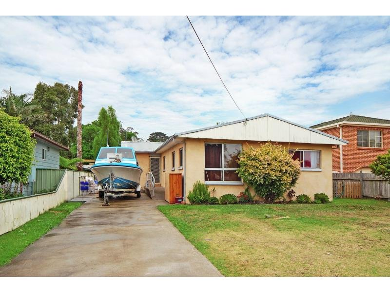 46 Comarong Street, Greenwell Point, NSW 2540