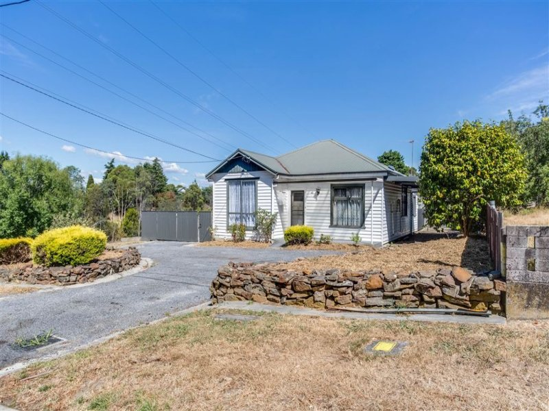 42 Gravelly Beach Rd, Blackwall, Tas 7275