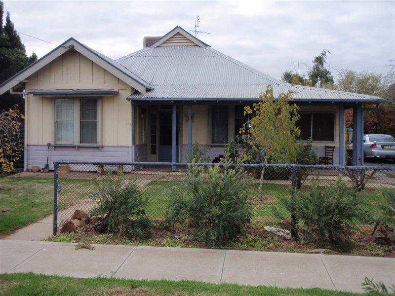 415 Church Street, Hay, NSW 2711