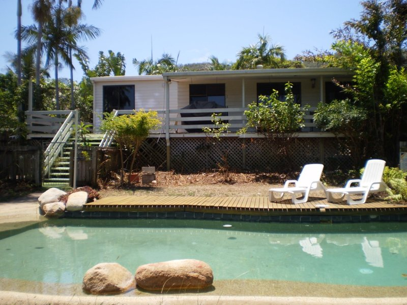 108 Sooning Street  Nelly Bay, Nelly Bay, Qld 4819