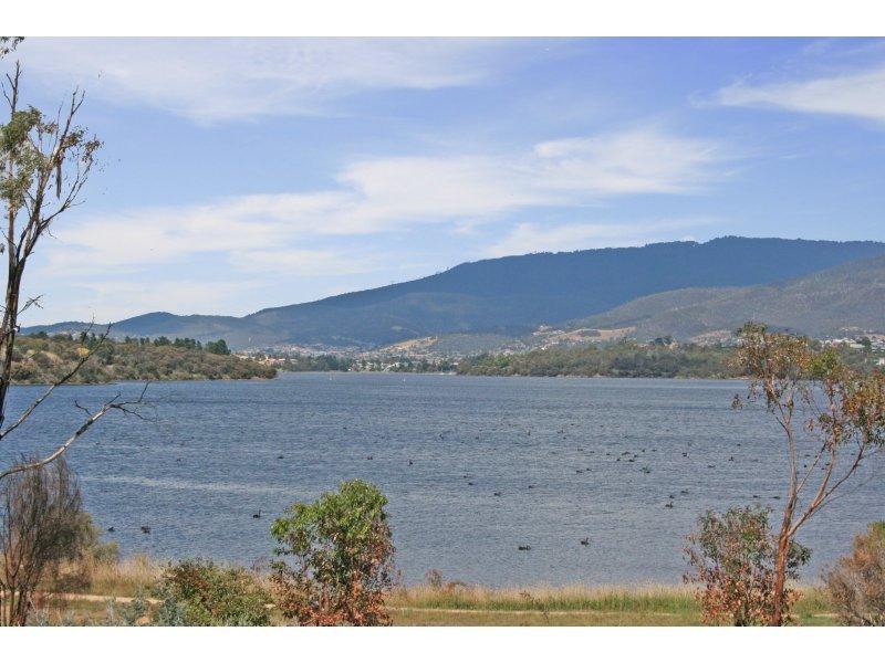 13 Fisher Drive, Herdsmans Cove, Tas 7030