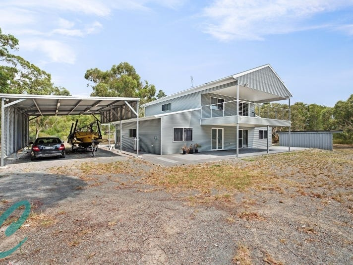 17 Brownes Road, Salt Ash, NSW 2318