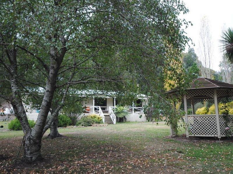 13 Buxton - Marysville Road, Buxton, Vic 3711