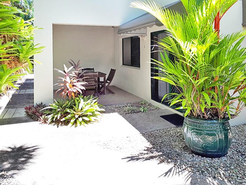 1/25 Amphora Street, Palm Cove, Qld 4879