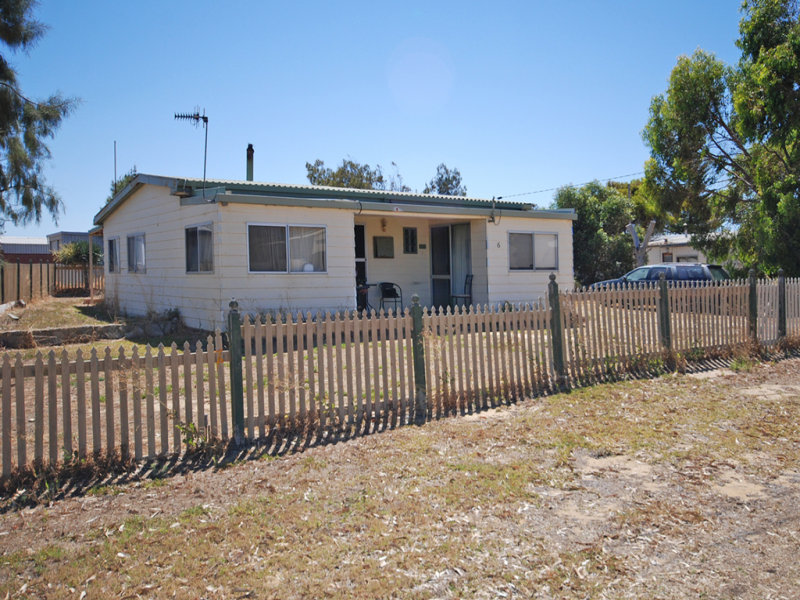 6 Bryant Street, Green Head, WA 6514