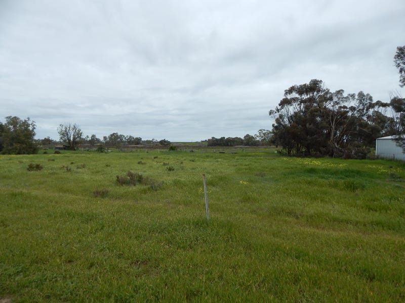 Lot 1 Murray Valley Highway, Lake Charm, Vic 3581