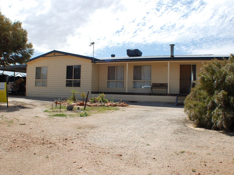 9-11 Brougham Place, Quorn, SA 5433