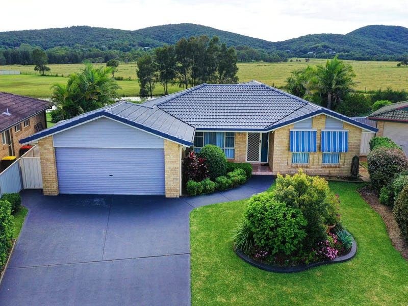 114 Myall Drive, Forster, NSW 2428