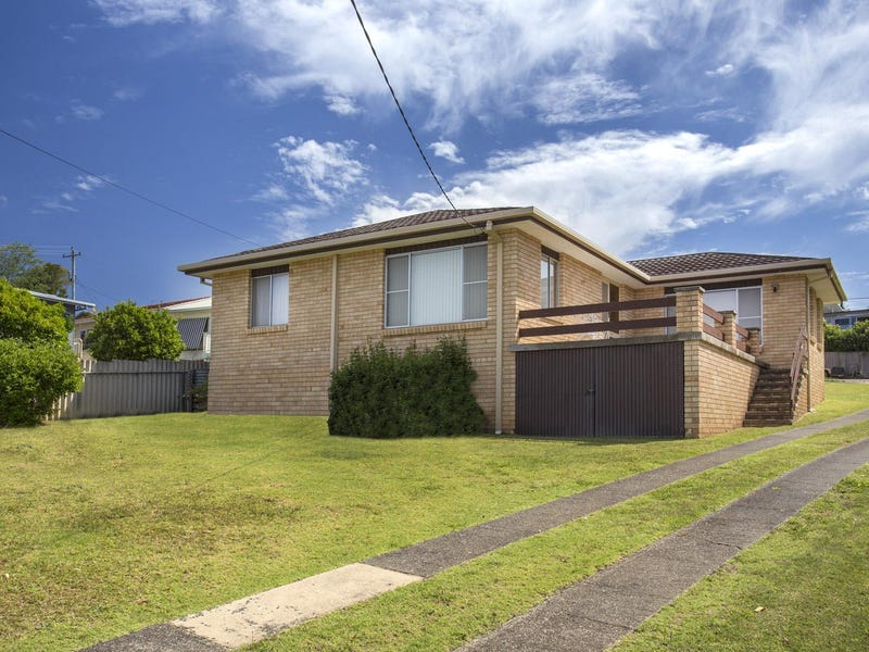 32 Calton Road, Batehaven, NSW 2536