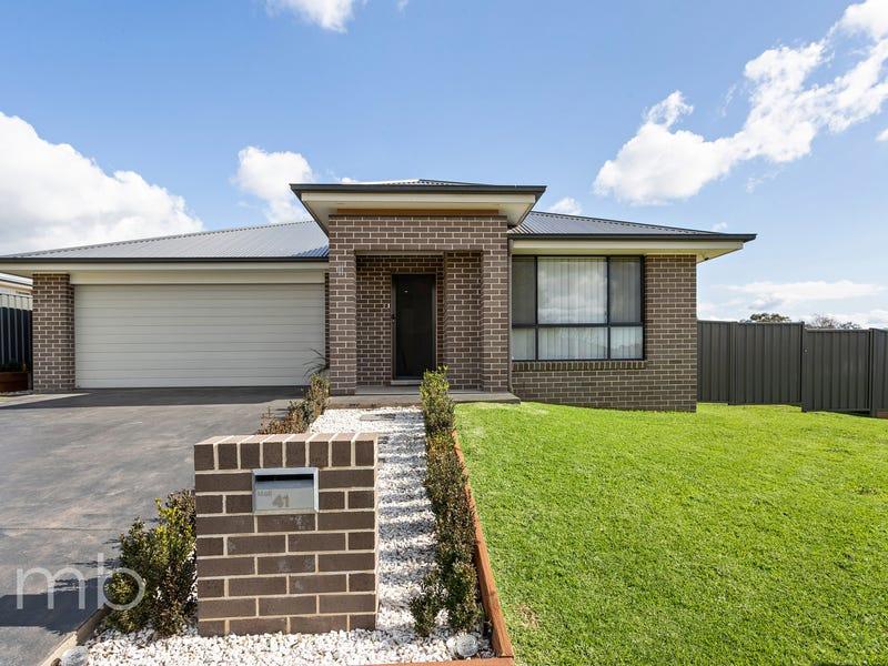 41 William Maker Drive, Orange, NSW 2800