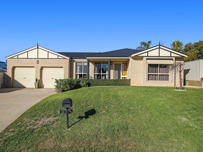 15 Mackenzie Crescent, Wodonga, Vic 3690