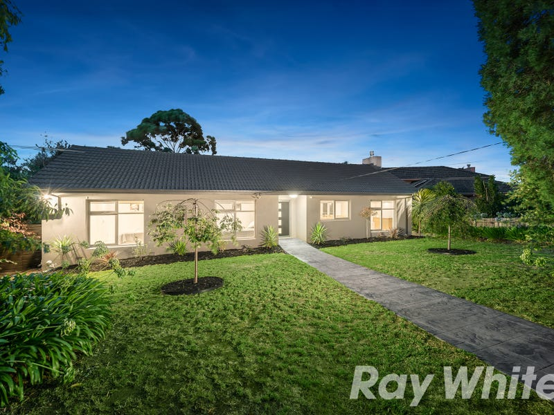 9 Bradman Court, Boronia, Vic 3155
