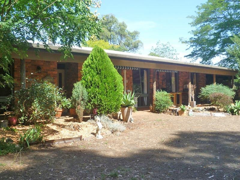 Address available on request, Hoddles Creek, Vic 3139