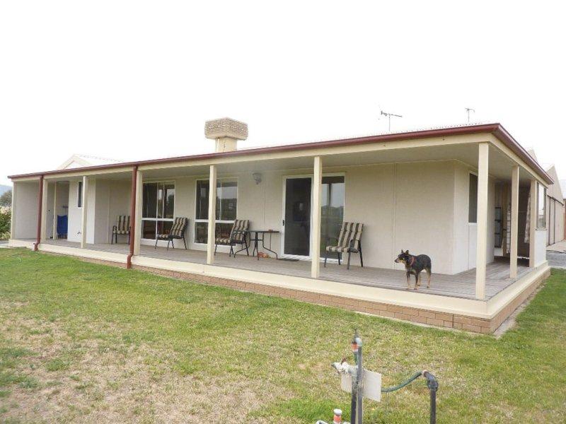 377 Wagga Rd, Holbrook, NSW 2644