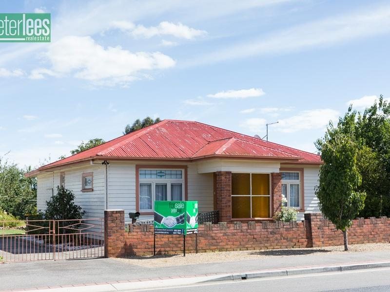 92 Main Road, Perth, Tas 7300
