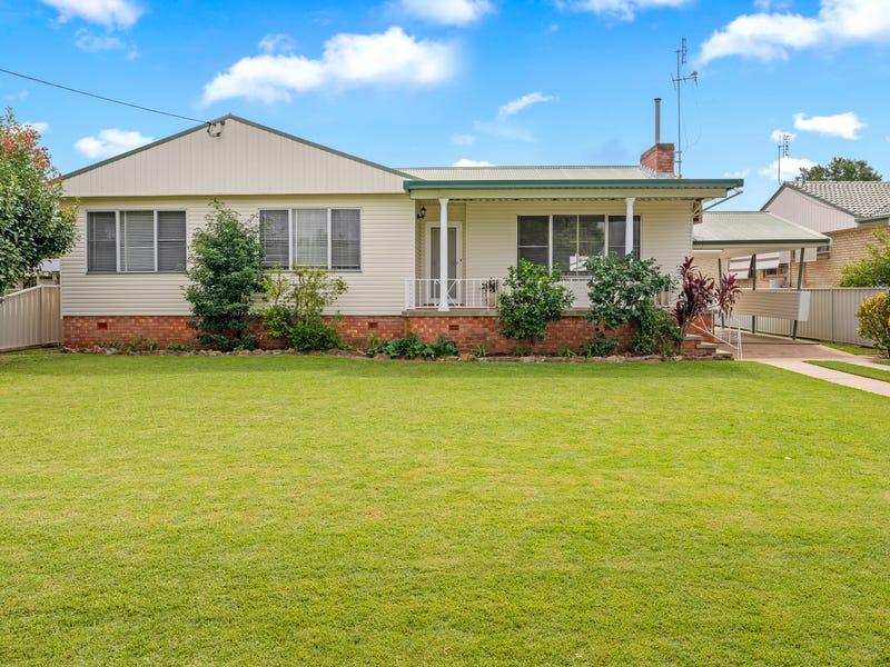 11 Pelerin Avenue, Singleton, NSW 2330