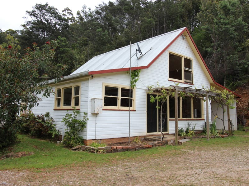 9 Bannons Bridge Road, Gunns Plains, Tas 7315