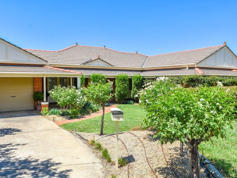 17 Beavis Place, Llanarth, NSW 2795