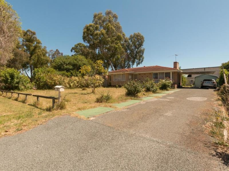 9 Cowan Street, Maddington, WA 6109