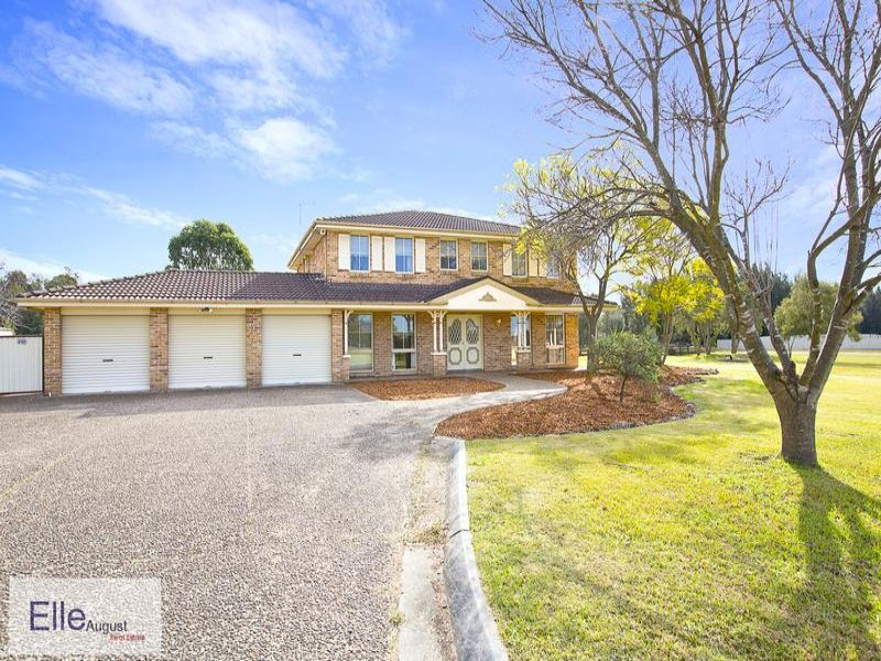 38 Kelvin Park Drive, Bringelly, NSW 2556