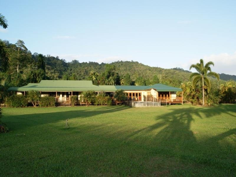 2 WARNERS RD, Cassowary, Qld 4873