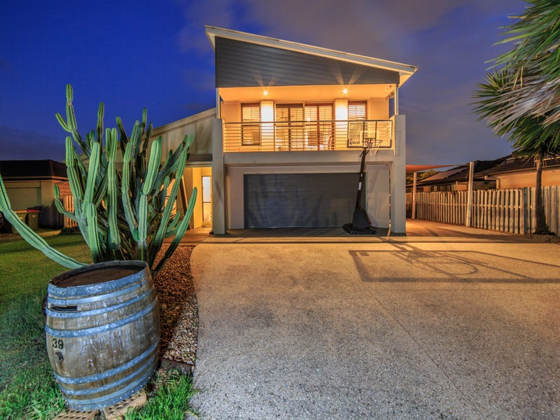 39 Oceanis Drive, Oxenford, Qld 4210