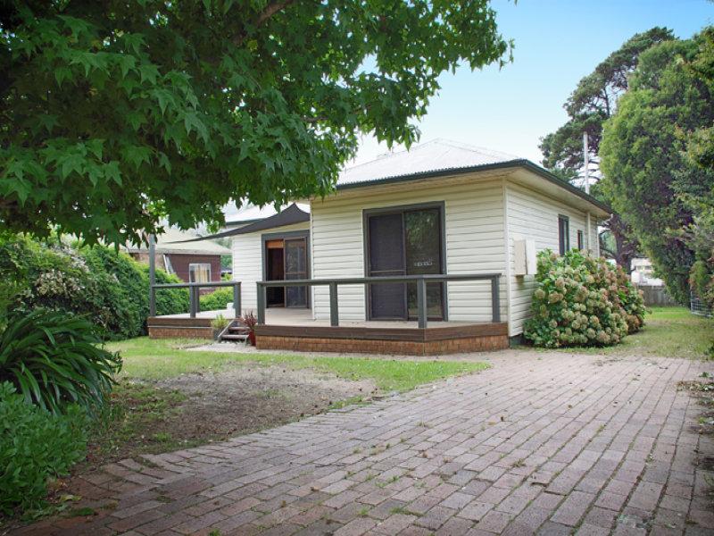 16 Henderson Avenue, Mittagong, NSW 2575