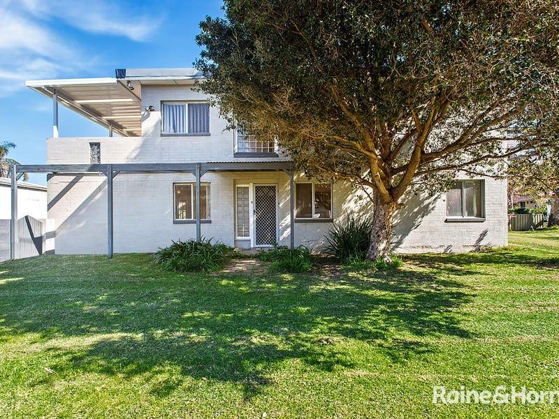 1/40 Natuna Avenue, Budgewoi, NSW 2262