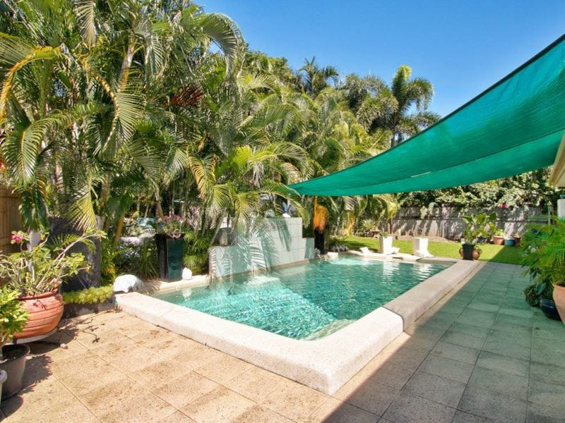 1 Palmetto Street, Palm Cove, Qld 4879